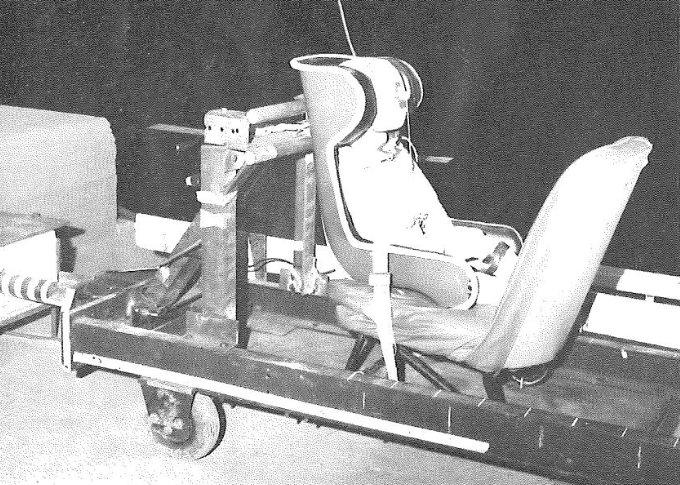 Test fotelika tyłem w fabryce Klippan w roku 1967